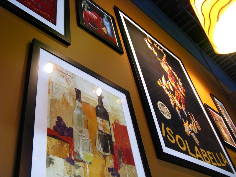 Boston Pizza (Interior)
