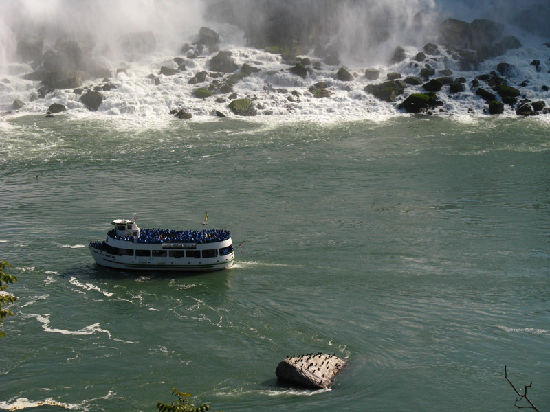 Maid of the Mist, Niagara Falls, Canada