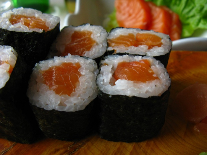 Salmon Maki, my favorite of all.